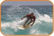 Surfen vor Hawaii